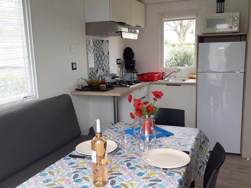 Location - Mobil-Home Confort+ 21M² (1 Chambre) + Terrasse 11 M² - Camping La Corniche