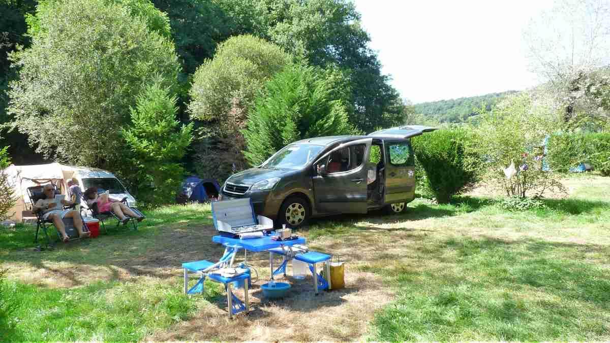 Emplacement Crozillac (pour Tente, Caravane et CampingCar)