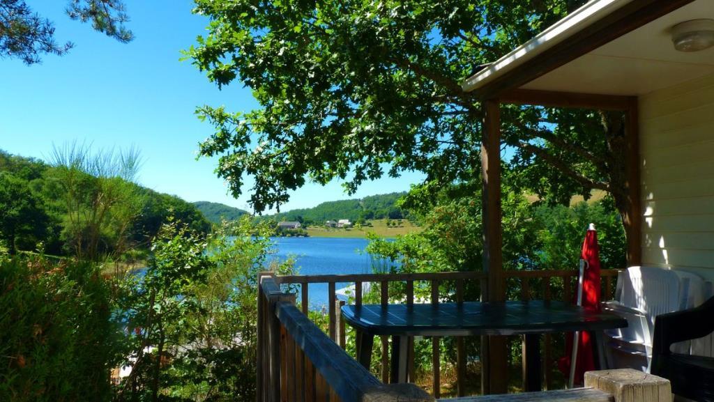 Mobilhome Selves (avec vue directe sur le lac)
