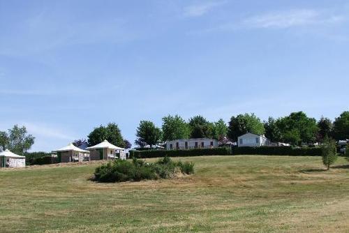 Camping Parc du Charouzech, Salles-Curan, Aveyron
