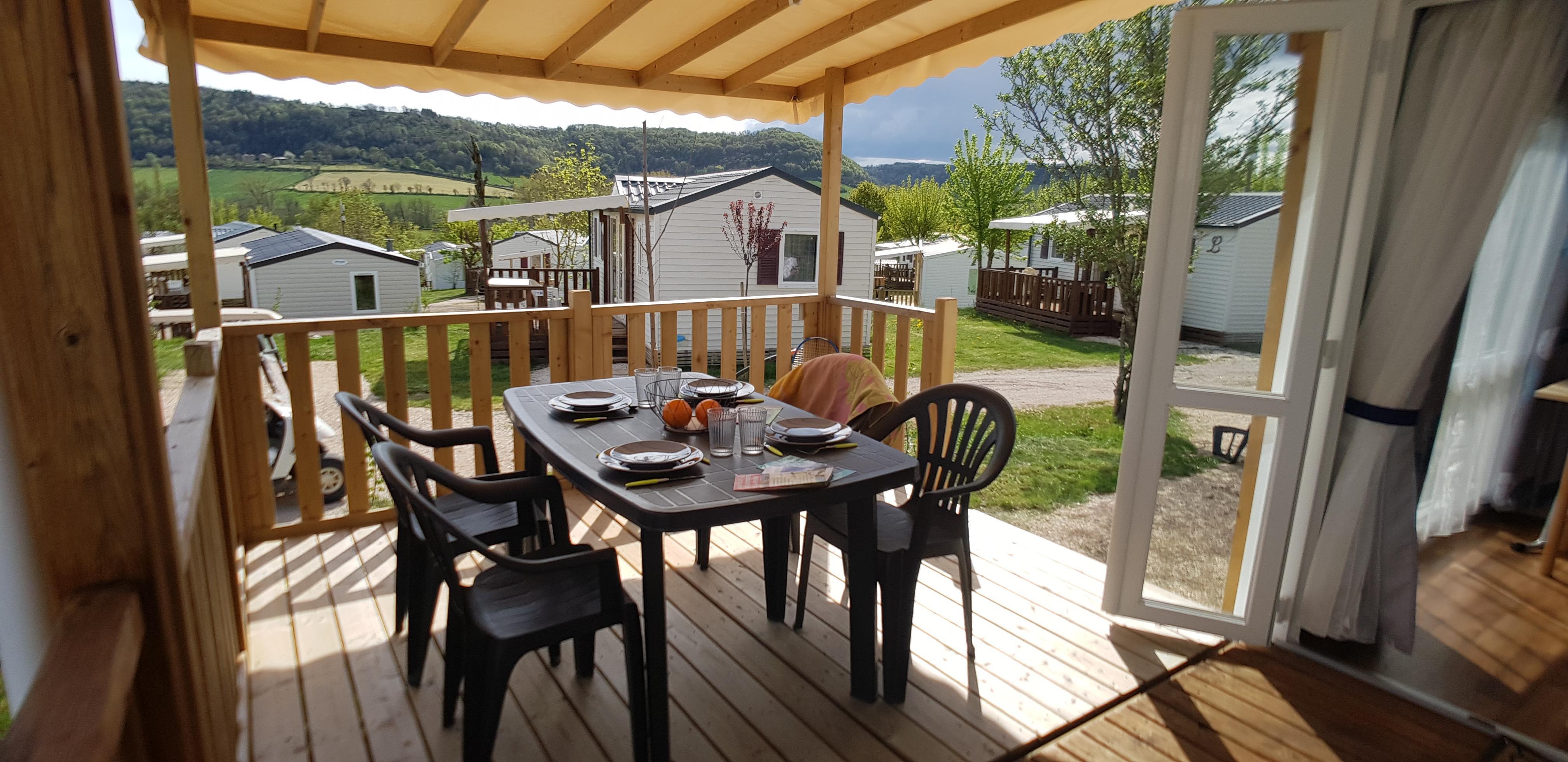 Mobilheim PREMIUM Loggia 30 m² - 2 schlafzimmer überdachte Terrasse