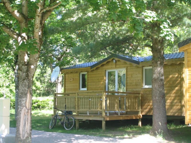 Location - Chalet Bois 29 M² (2 Chambres) - Camping Le Malazéou