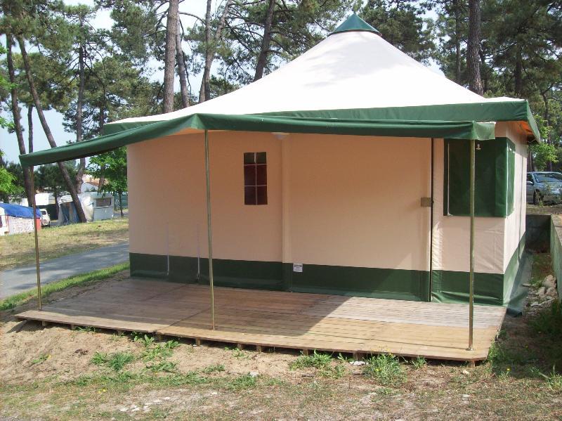 Location - Bungalow Toilé Pagan / 2 Chambres - Camping-Club Les Pins