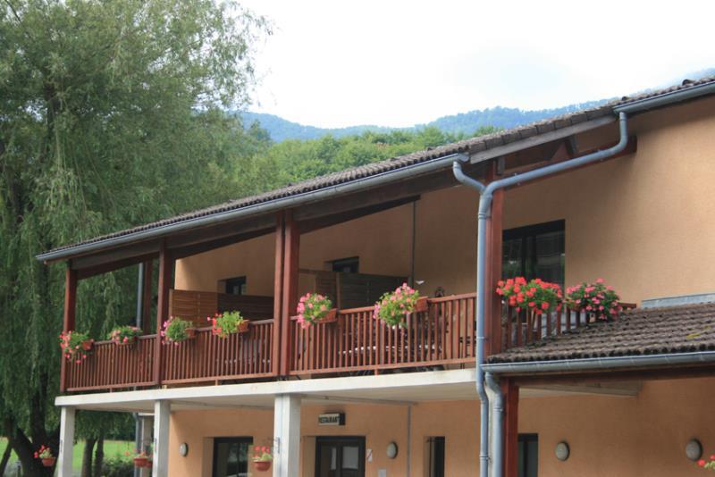 Chambre - Chambre D'hôtel N°5 Avec Terrasse : 1 Lit De 140 - Camping Les 4 Saisons