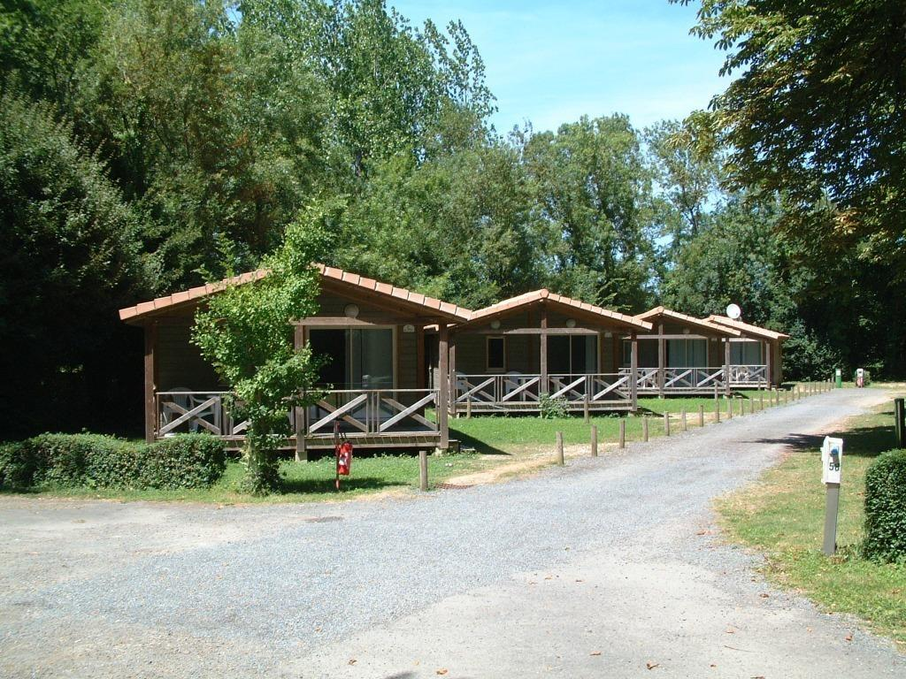 Location - Chalet 28M² - Camping Le Bois Dinot
