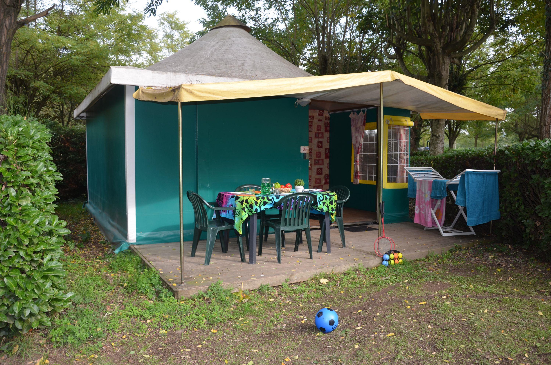 Location - Bungalow Toilé 25M² (2 Chambres) Sans Sanitaire - Camping Les Mijeannes