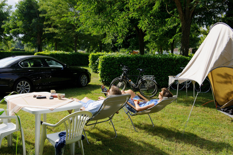 Emplacement - Forfait Randonneur Sans Électricité - Camping Les Mijeannes