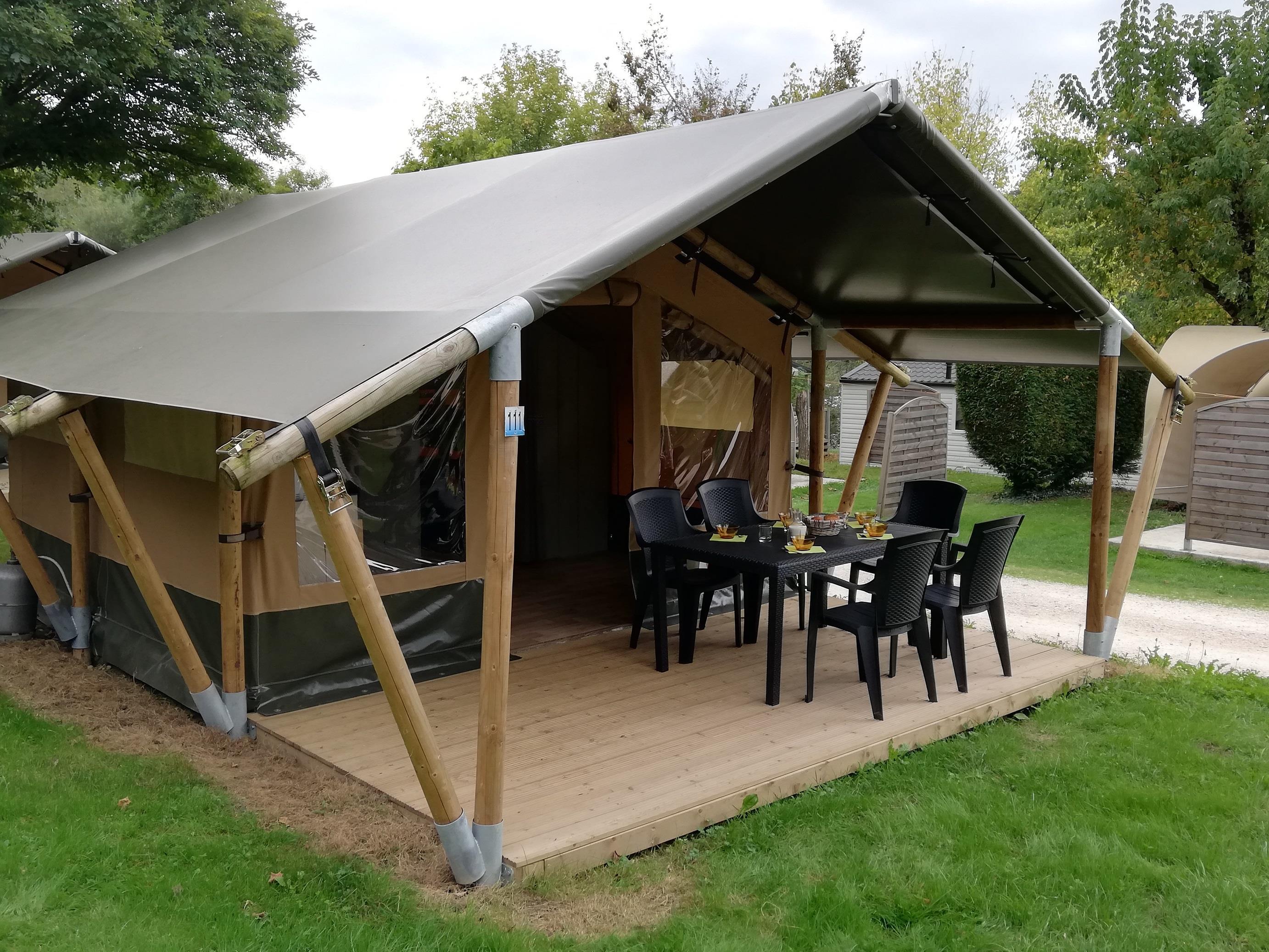 Location - Tente Lodge Meublé - Camping Parc d'Audinac les Bains