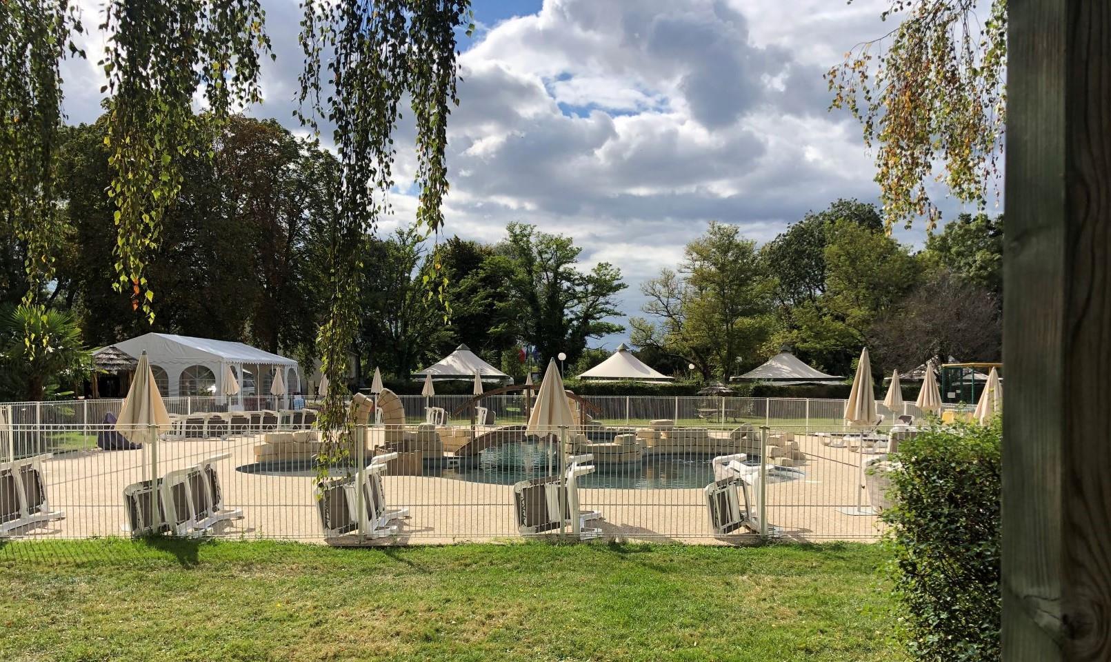 Camping les Granges, Luynes, Indre-et-Loire