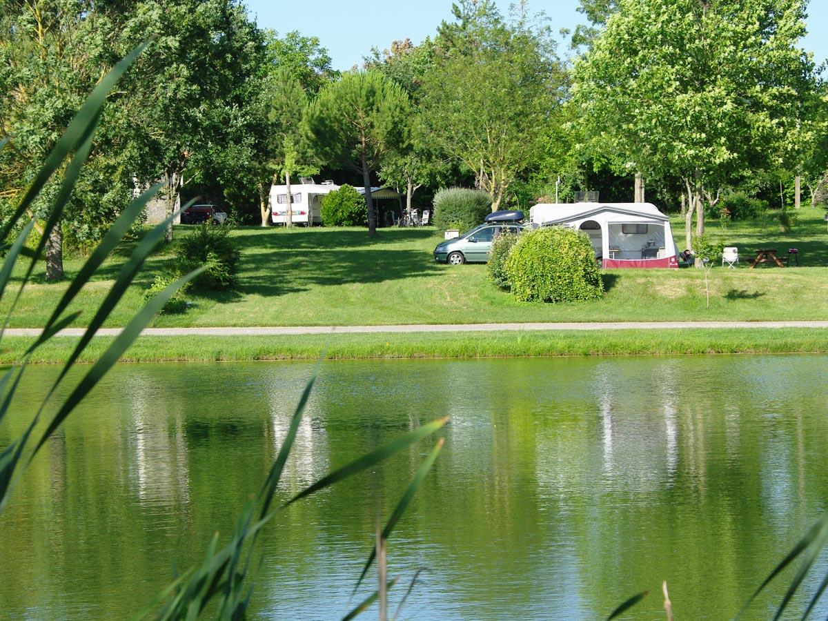 Establishment Camping Le Pouchou - Tournon D'agenais