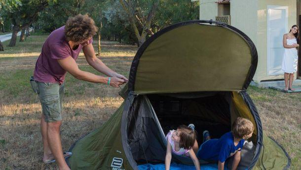 Pitch - Pitch Tent / Caravan With Private Facilities + Electricity 3 Amp + Vehicle/Motorcycle - Torre Rinalda Camping Village
