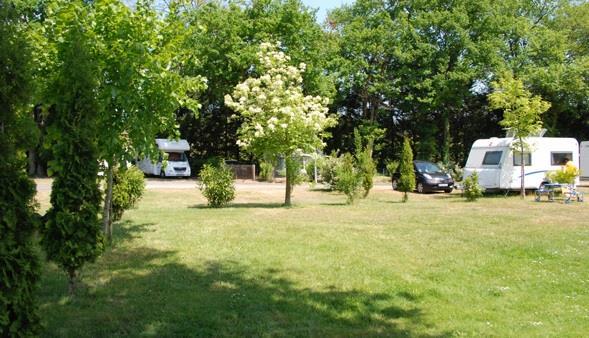 Camping les Acacias, La Ville-Aux-Dames, Indre-et-Loire