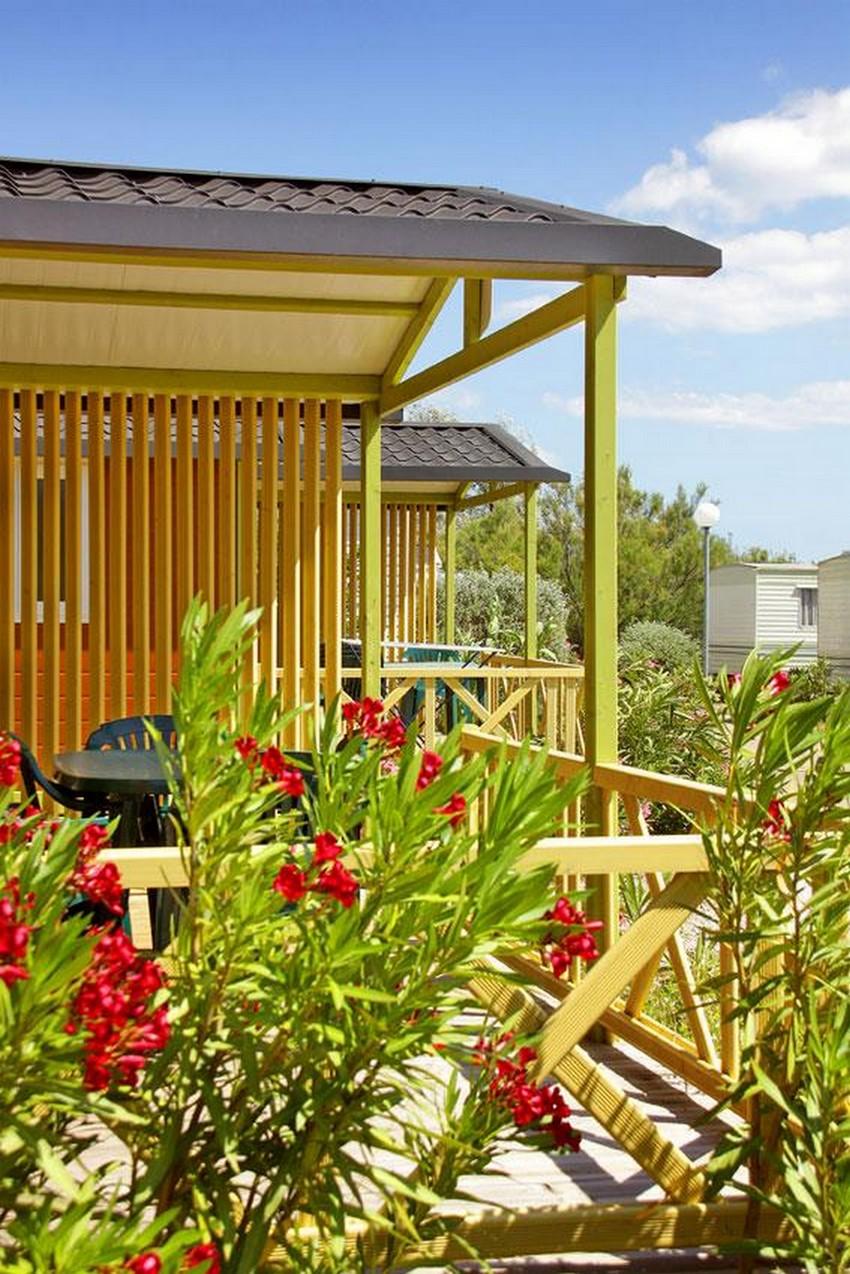 Bungalow CONFORT + MOREA 25m² (2 chambres) + terrasse semi-couverte + TV + Clim