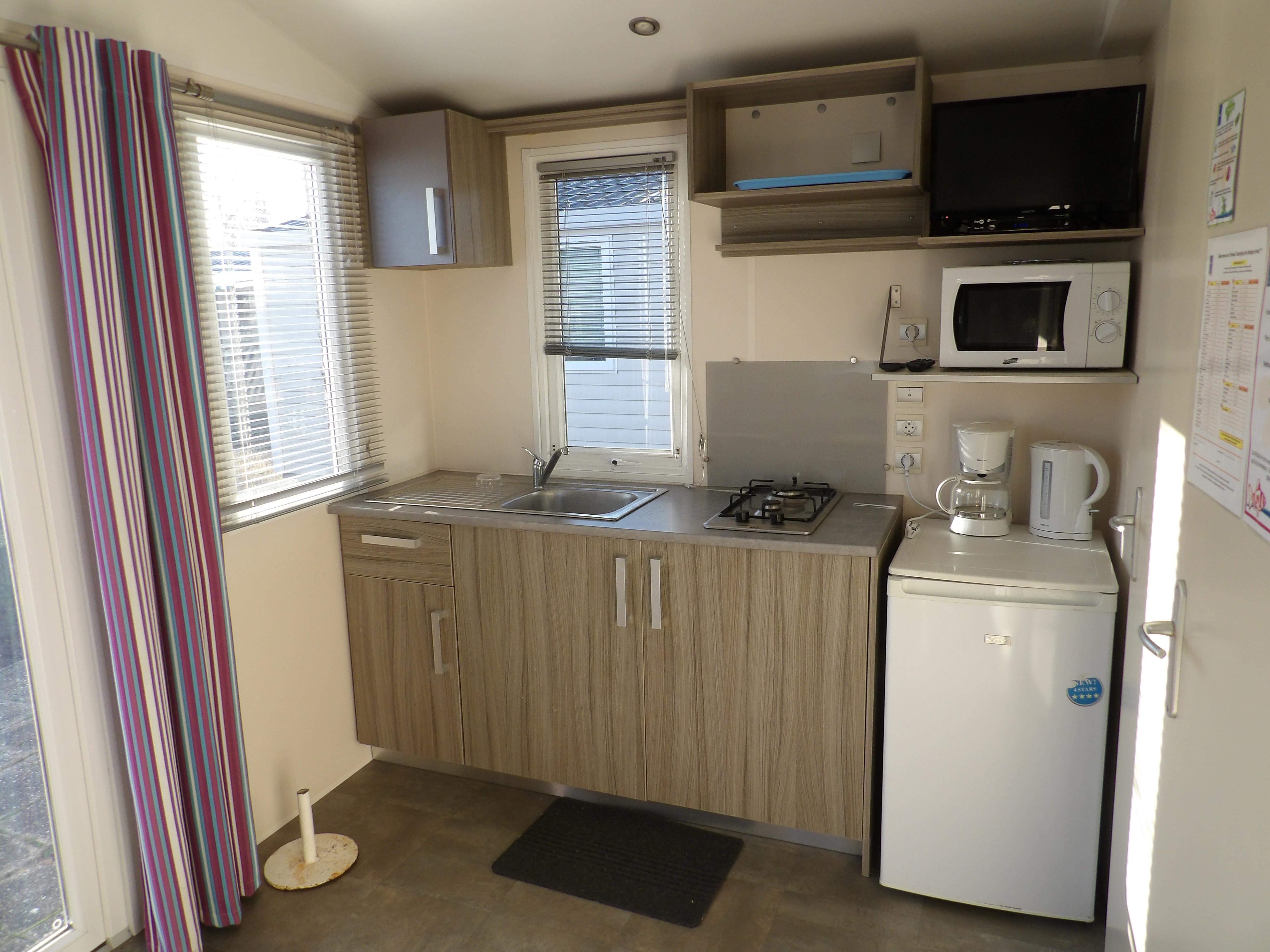Location - Mobil-Home Confort Duo 17M² (1 Chambre) Avec Terrasse + Tv - Camping Les Étangs Mina