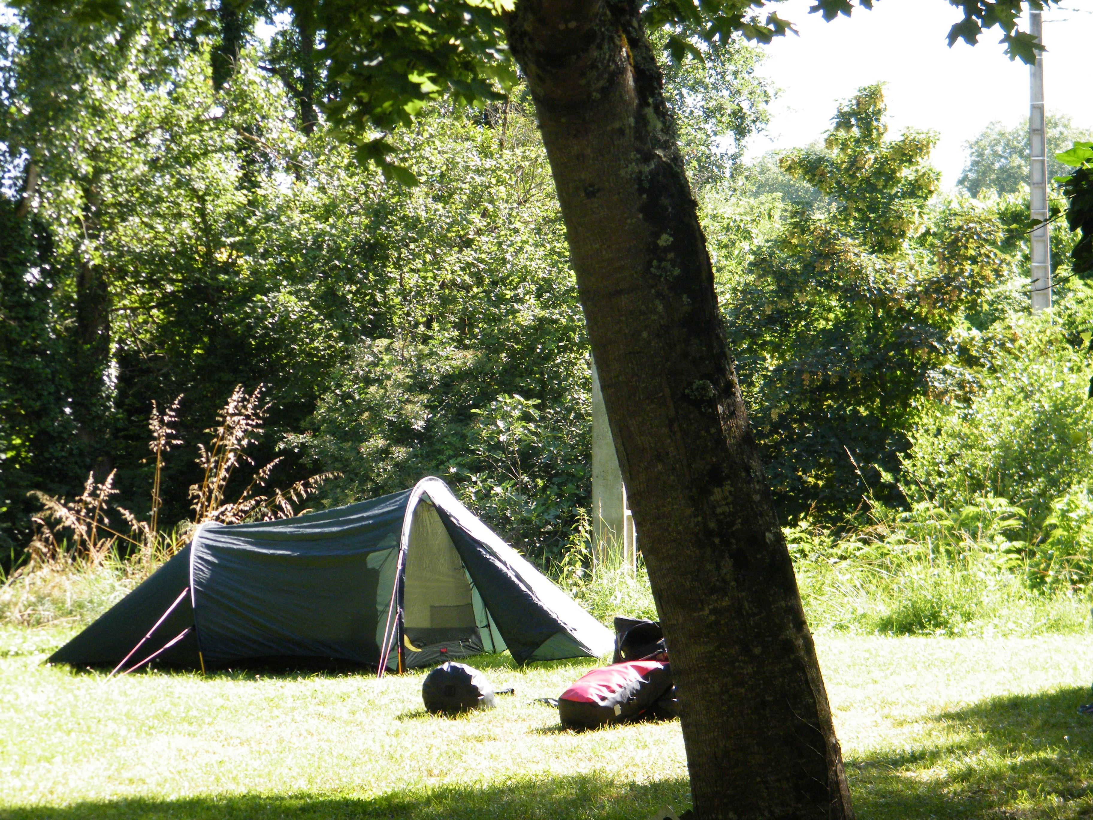 Emplacement - Emplacement Rando / Cyclo 1 Personnes - Camping Municipal de l'Île de Bidounet