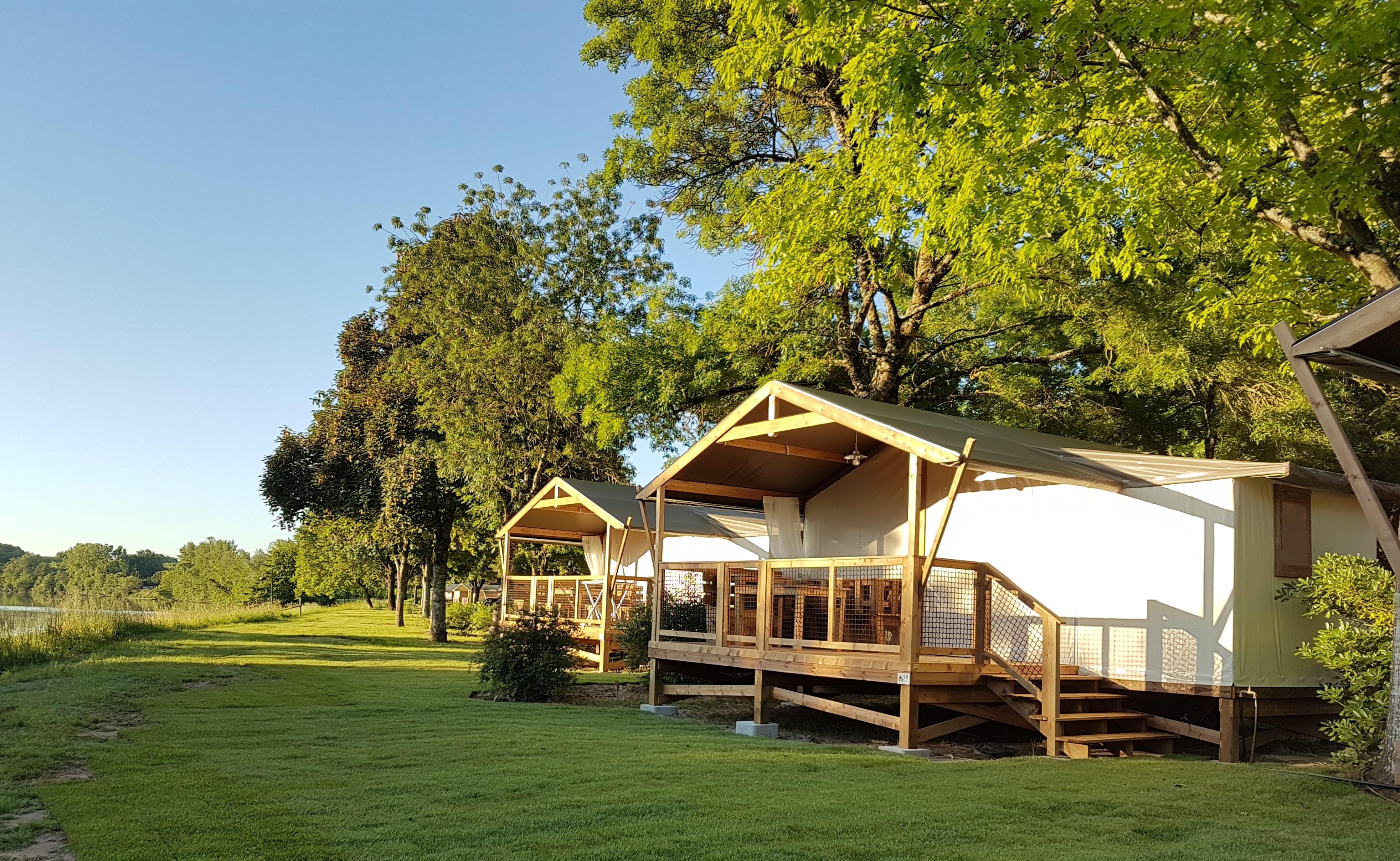Location - Havana Lodge Avec Sanitaires - Camping Municipal de l'Île de Bidounet