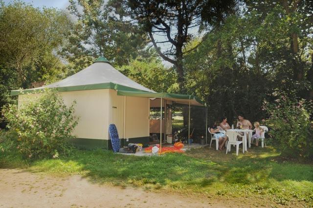 Location - Bungalow Toilé Meublé Eco 25 M² (2 Chambres) - Sans Sanitaires - (2010) - Camping La Grande Plage