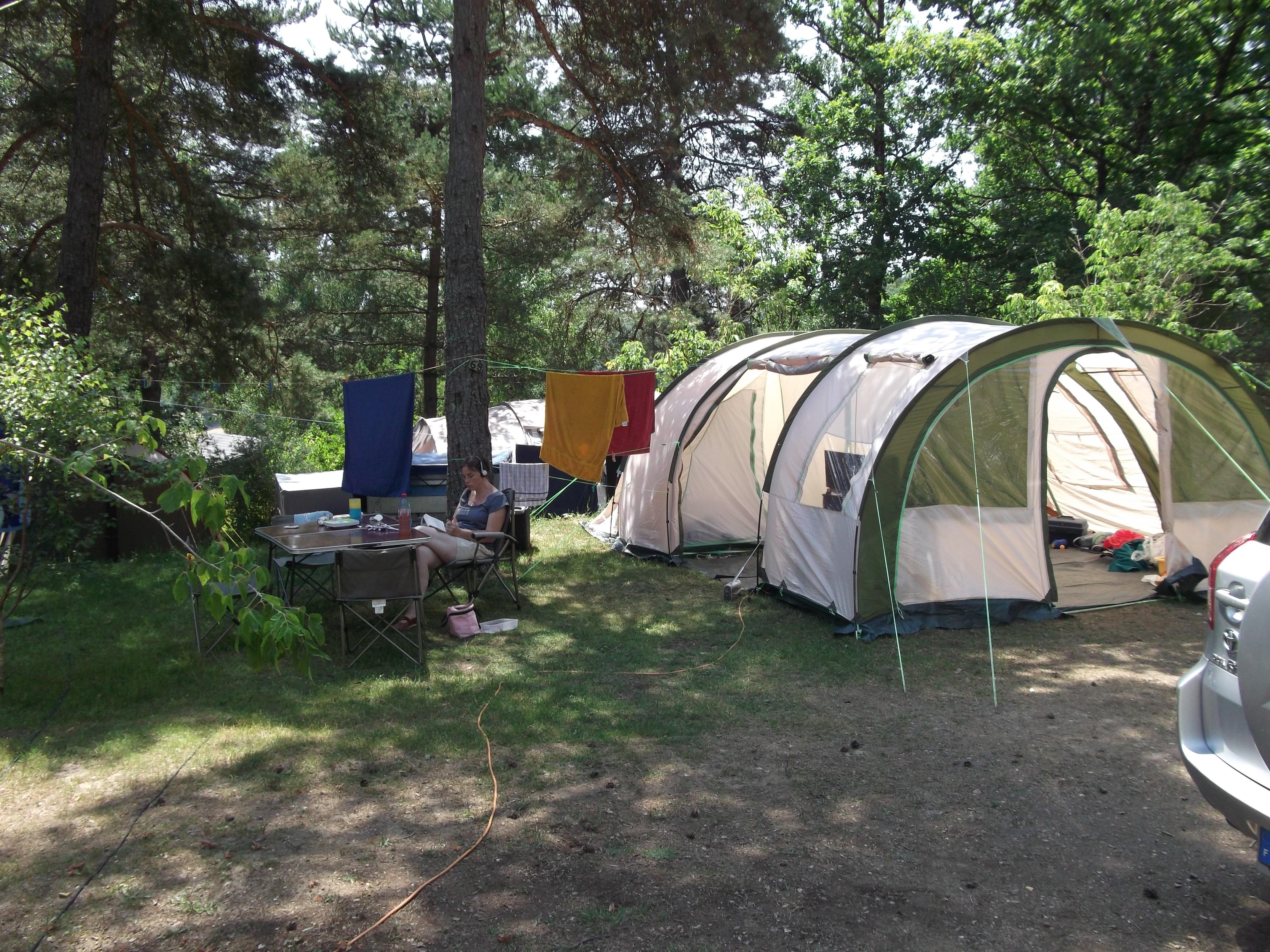Camping Presqu'île du Puech des Ouilhes, Lacapelle-Viescamp, Cantal