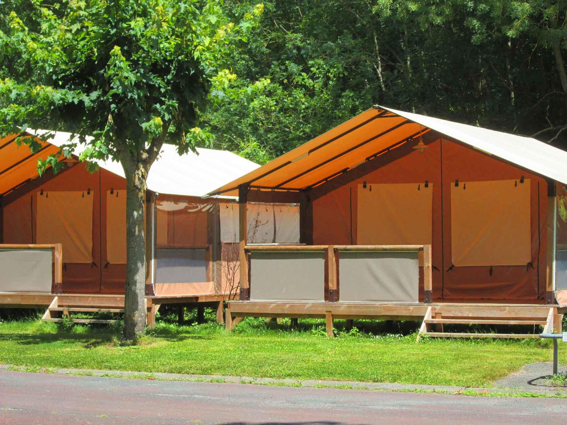 Camping Val de Boutonne, Saint-Jean-d'Angély, Charente-Maritime