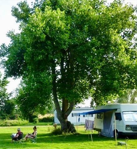 Camping le Vert Auxois, Pouilly-en-Auxois, Côte-d'Or