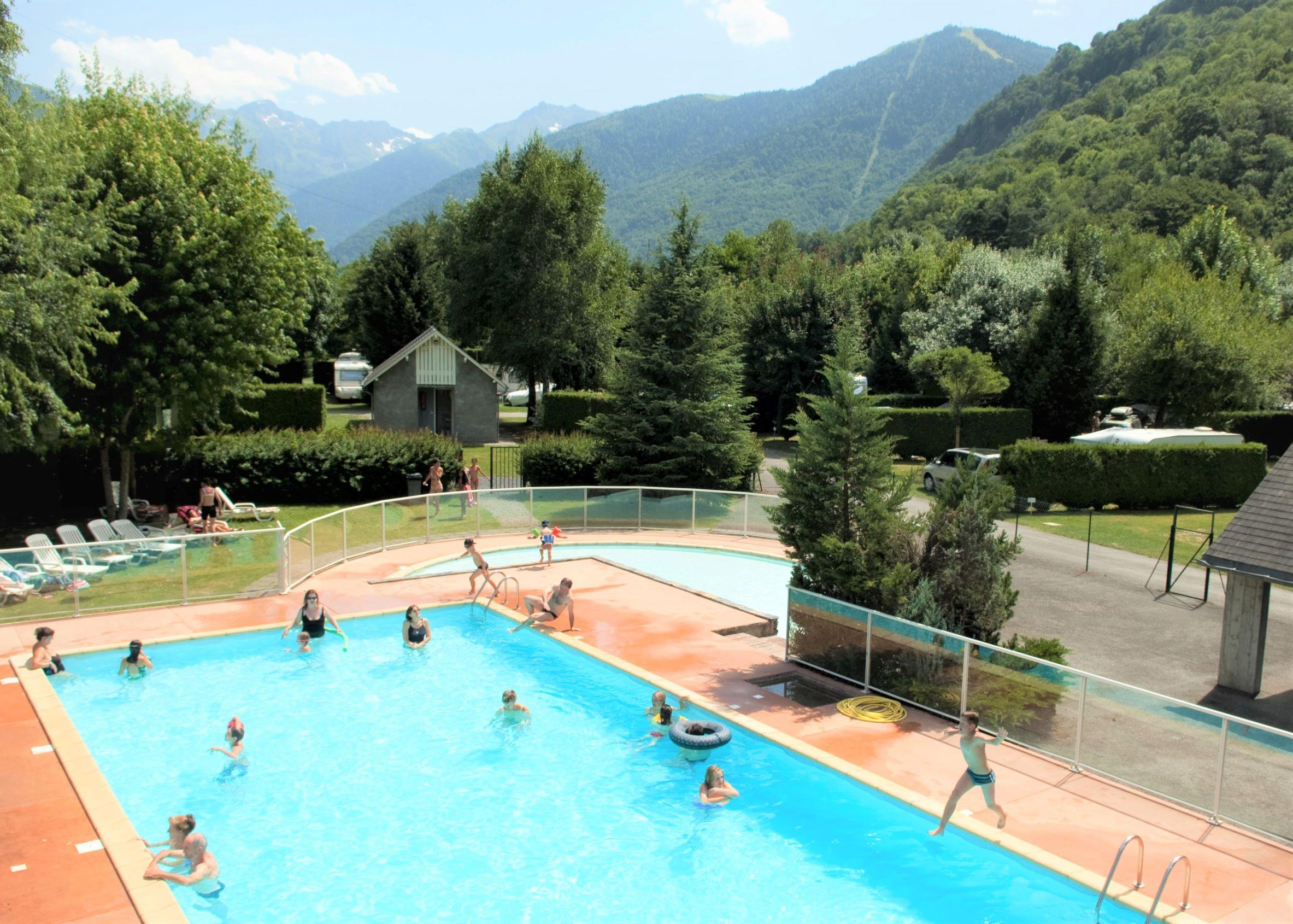 Beaches Camping Pradelongue - Bagneres De Luchon