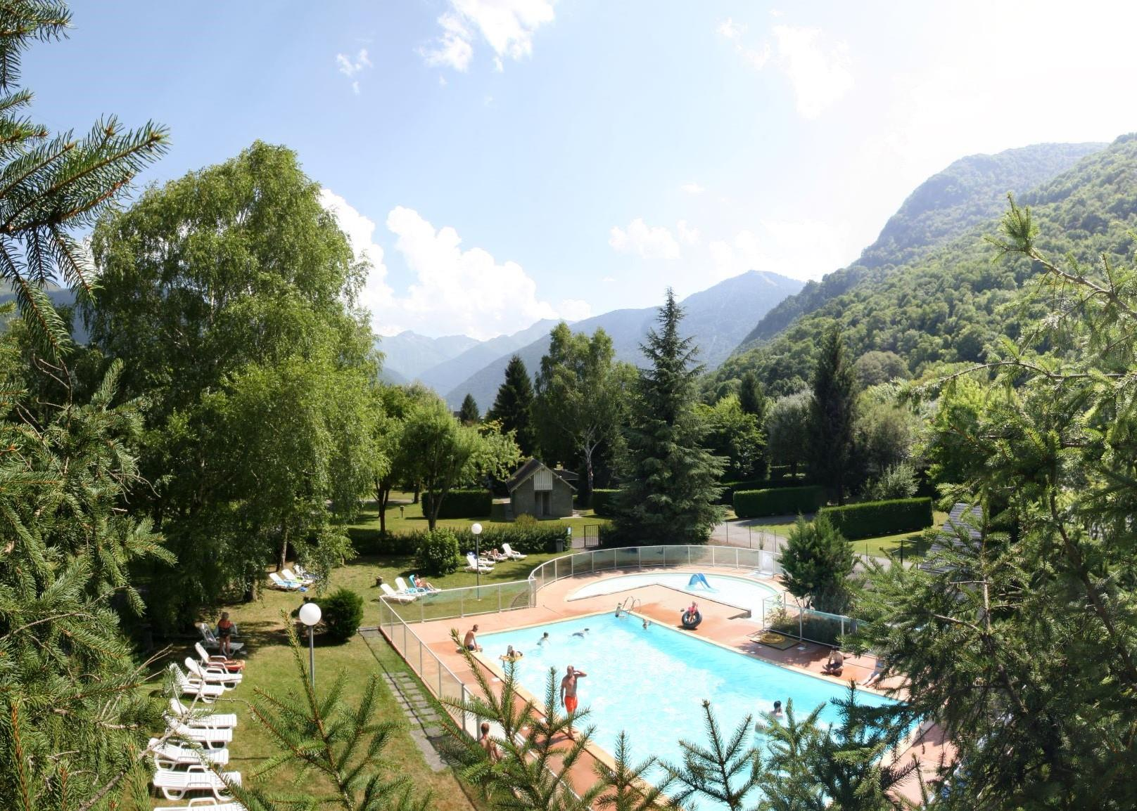 Bathing Camping Pradelongue - Bagneres De Luchon