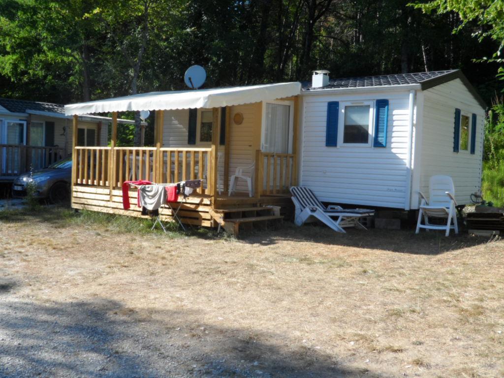 Location - Mobilhome 2 Chambres - R19 - Terrasse En Bois Couverte - Camping Le Repaire