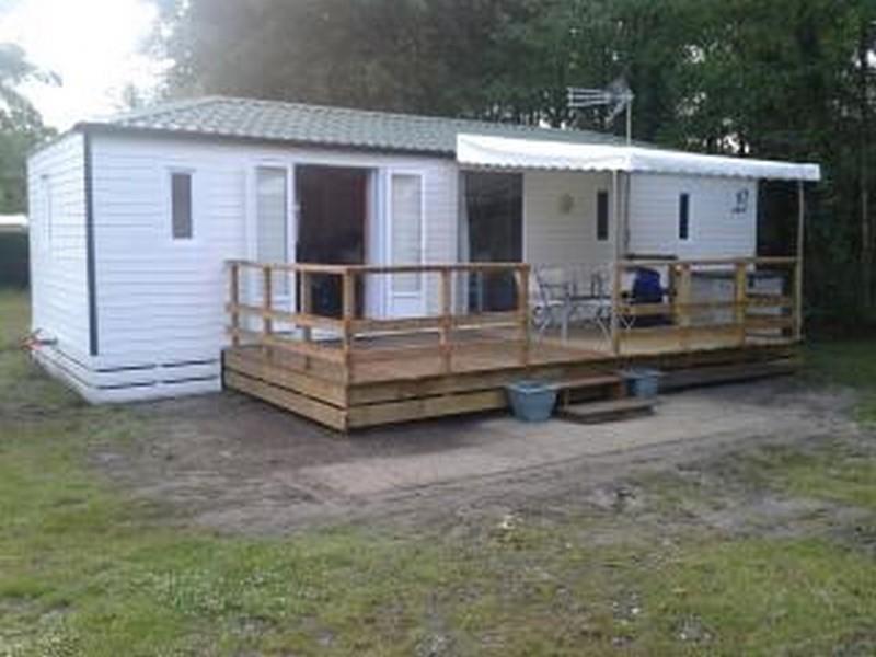 Location - Mobilhome 2 Chambres R01 - Terrasse En Bois Couverte - Camping Le Repaire