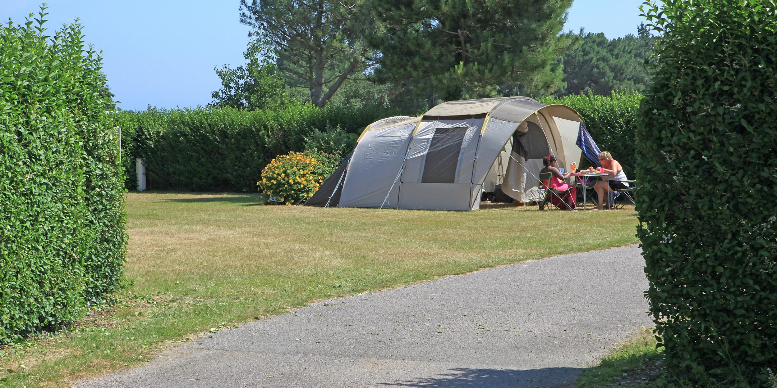Emplacement - Emplacement Nature   Sans Électricité - Camping Des Hautes Grées