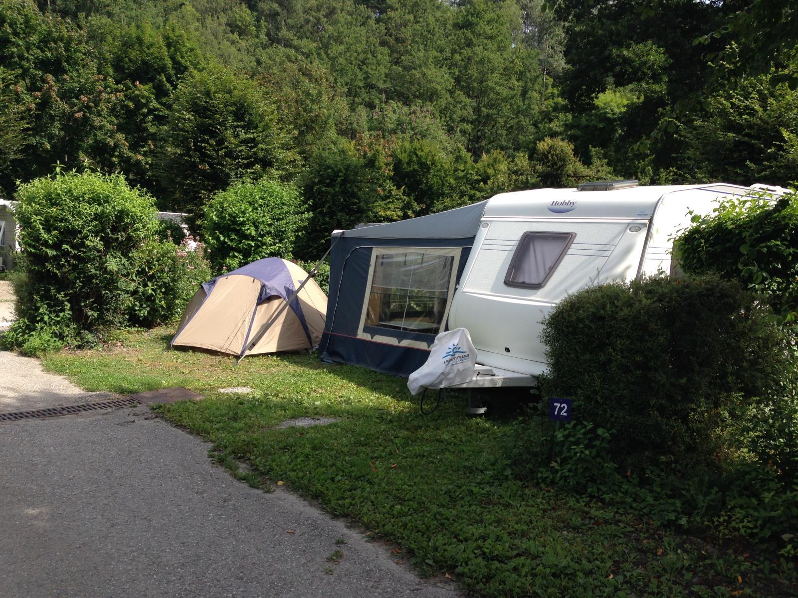 Emplacement - Forfait De Luxe Grand Emplacement 120-150M² (1 Tente, 1 Caravane Ou 1 Camping-Car / 1 Voiture / Pas D'électricité) - Camping L'Eden de la Vanoise