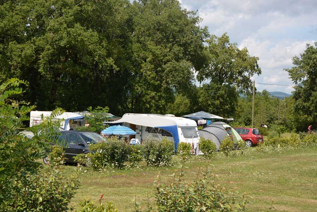 Camping les Chênes Clairs, Condat, Lot