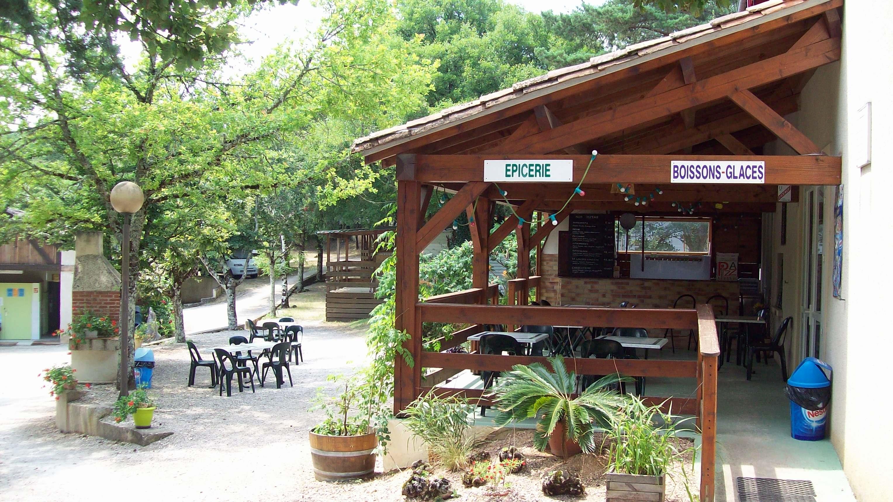 Camping la Garrigue, Loubressac, Lot