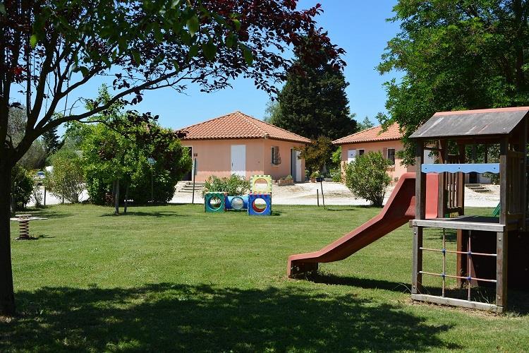 Camping les Micocouliers, Graveson, Bouches-du-Rhône