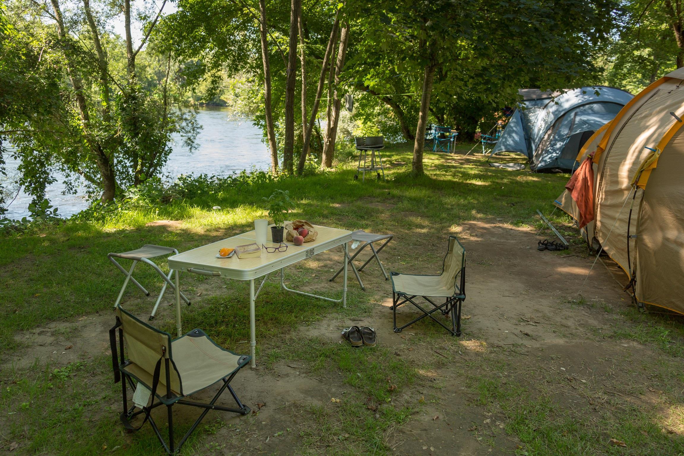 Camping la Plage, Meyronne, Lot