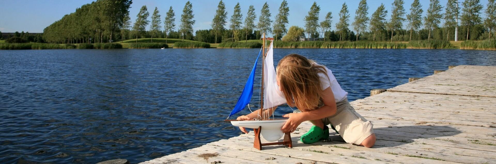 Envie d'un camping en bord de lac ? baignade, canoë, pêche...