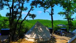 Tenda Glamping - Two Tents Per Pitch