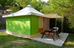 Canvas bungalow without toilet blocks  4 pers