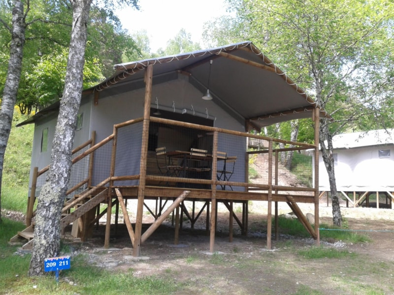 Cabane Lodge sur Pilotis Confort 34m² (2 bedrooms) with sheltered terrace 11m²