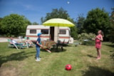 Pitch - Package: Pitch + Car + Electricity - Camping Les Ilots de St Val