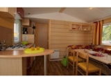 Rental - Cottage Confort 29m² (2 bedrooms) + covered terrace 10m² - Airotel Camping Au Soleil d'Oc