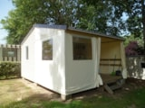 Rental - Bungalow TITHOME 21m² - 2 bedrooms - without toilet block - Camping Le Pont Rouge