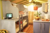 Rental - Gipsy Caravan 1 bedroom - without bathroom - Castel Château de Galinée