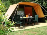 Rental - Fully Equiped Tent 1-4 Persons With Possibility To Put A Little Tent And 1 Person Extra - Camping La Croix Badeau