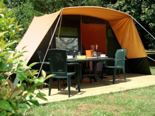 Fully equiped tent 1-4 persons with possibility to put a little tent and 2 persons extra with supplement