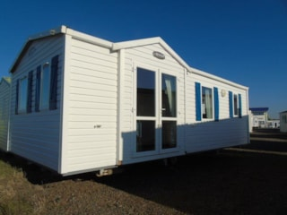 Mobilhome IRM 1-4 Persons (2 bedrooms)+ 2 Persons at additional cost convertible bed in living area