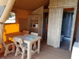 Rental - Lodge with wooden terrace  x 4 - Glamping Sainte-Suzanne