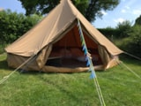Rental - Bell tent - Glamping Sainte-Suzanne