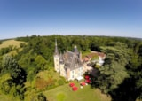 Pitch - Pitch for a tent, caravan or campervan - Camping Château Le Haget