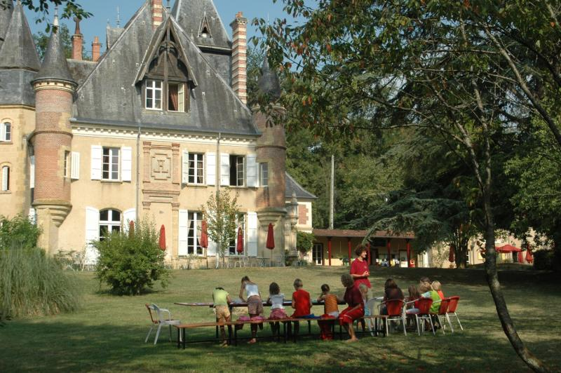 Entertainment organised Camping Château Le Haget - MONTESQUIOU