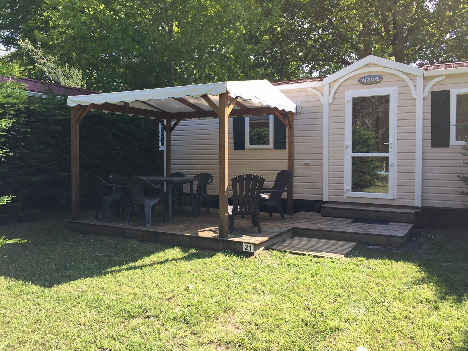 Location - Mobil-Home Chocolat - 2 Chambres - Camping La Chesnays